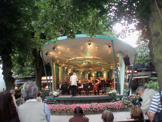 A free symphony performance in the Tivoli Gardens in Copenhagen