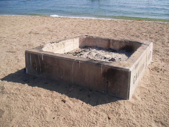 This fire pit on Shelter Island shows that you can still have a beach fire somewhere in San Diego.