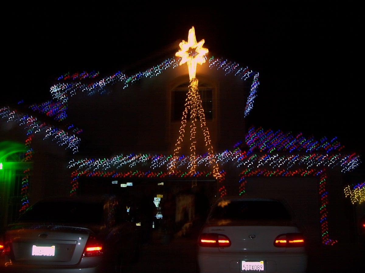 Christmas night on Bainbridge Circle