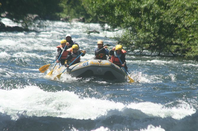 doing rafting, amazing experience! Pucón, Chile
