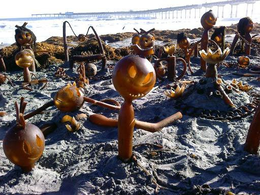 Artist Conway creates unique and interesting Tim Burton-esque seaweed sculptures.