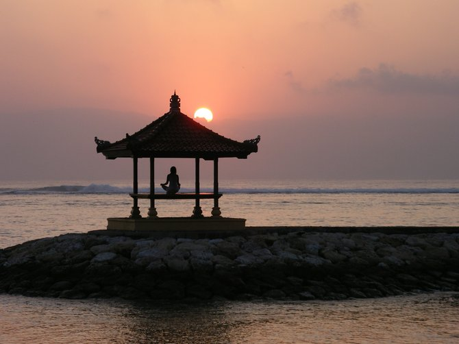 Zen-sational sunrise, Sanur Beach, Bali.