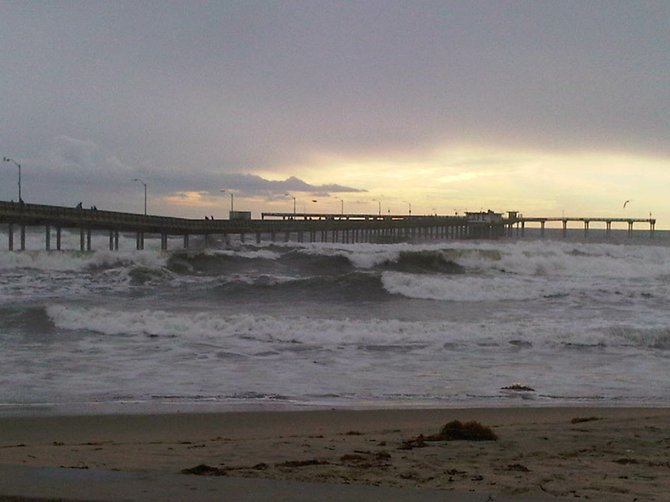 OB Pier getting hammered by waves