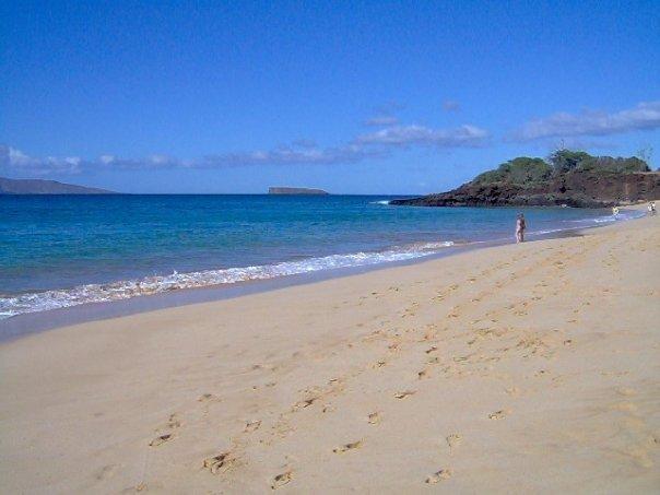 Gorgeous pristine beach in Maui