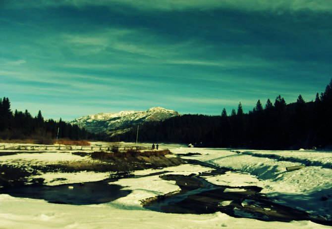 This is a picture of Hume Lake in the winter season.