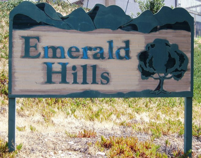 Emerald Hills photo