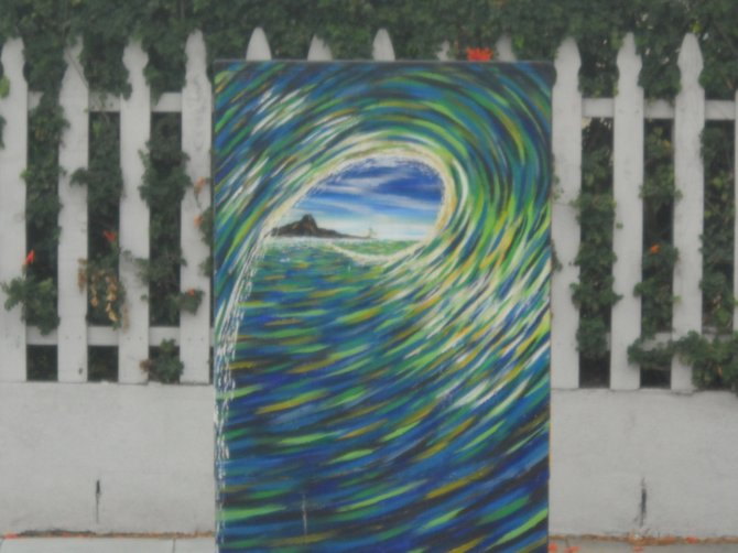 Tubular utility box art on Lamont Street in Pacific Beach.
