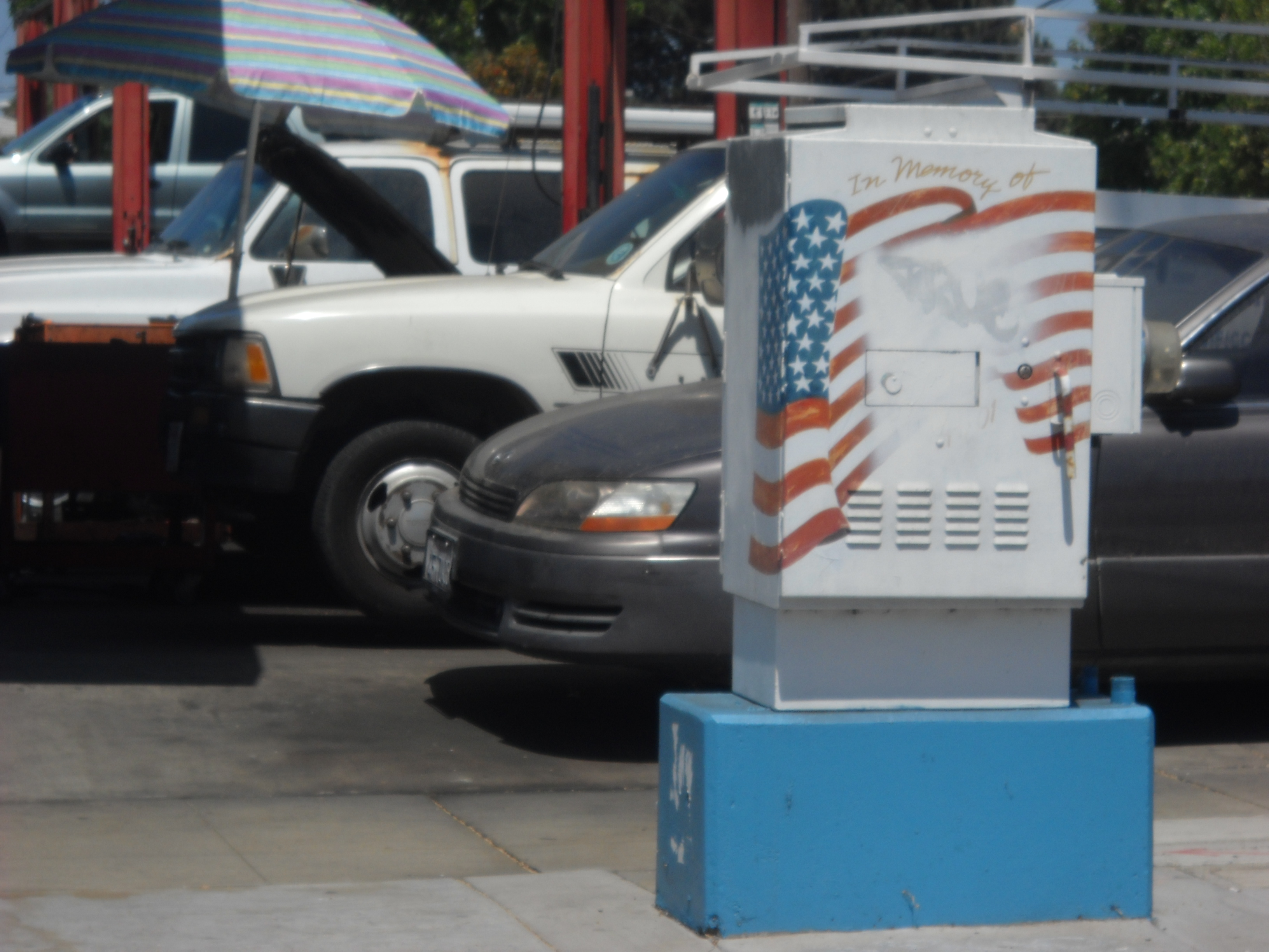 Patriotic utility box art on the corner of Ebers and Voltaire Streets in Ocean Beach.