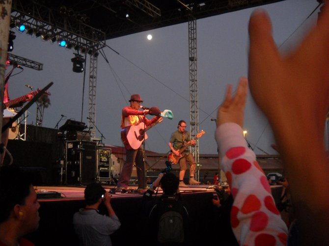Wonderful Weezer at Del Mar Infield Concert!