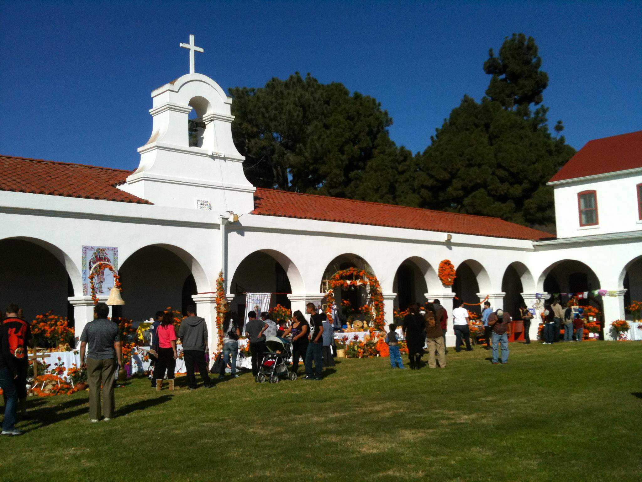 Dia De Los Muertos Festival, Mission San Luis Rey De