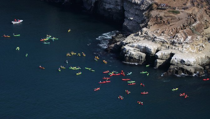 Brightly colored rental kayaks are out in force near La Jolla cove.  This was shot from the open window of a Citabria as we transitioned from the coast and headed inland to Gillespie field.