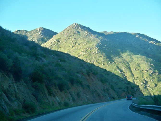 Driving to Ramona all the beautiful mountains
