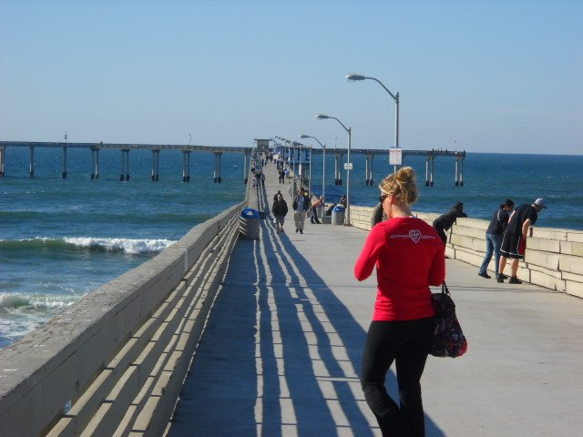 OB Pier on a warm, sunny winter day.