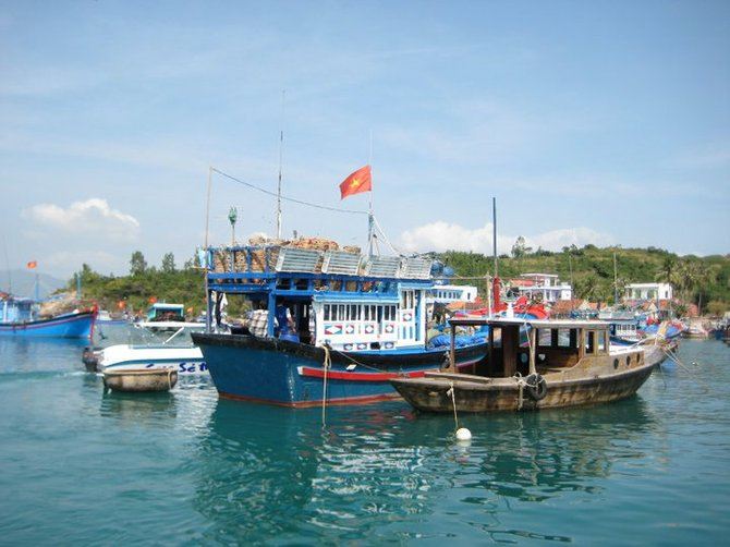 Fishing Boats - life of the Vietmese
