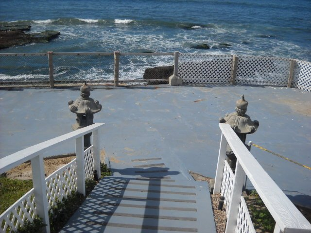 Entrance down onto the Inn at Sunset Cliffs controversial wedding venue built up on a sea wall overlooking the Cliffs.