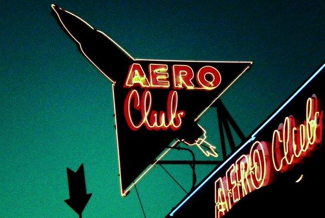 Aero Club Bar.
