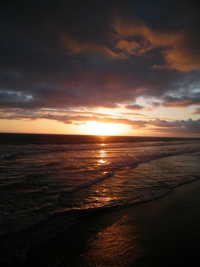 Sunset taken off the Ocenaside Pier walkway.