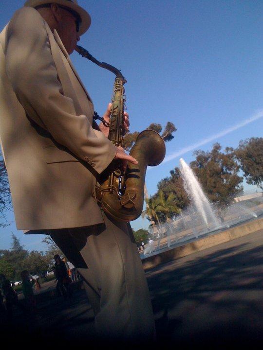 Street performer Balboa Park.