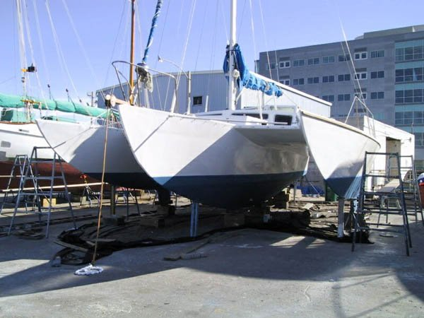40´ Piver trimaran in dry dock (from 2hulls.com)