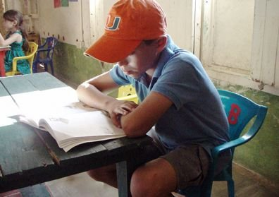 Volunteer biblioteca in San Juan del Sur