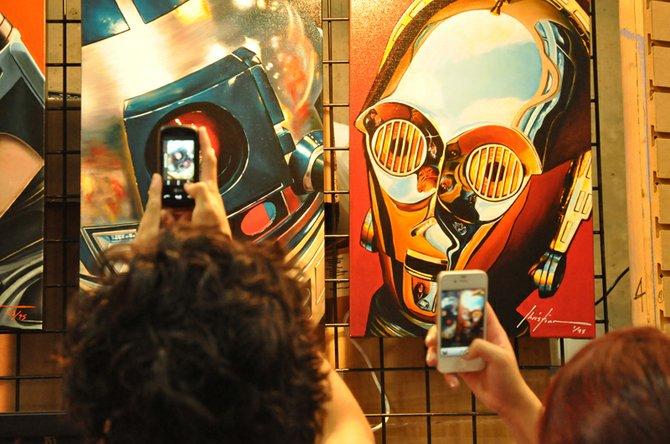 A machine taking a picture of a machine.