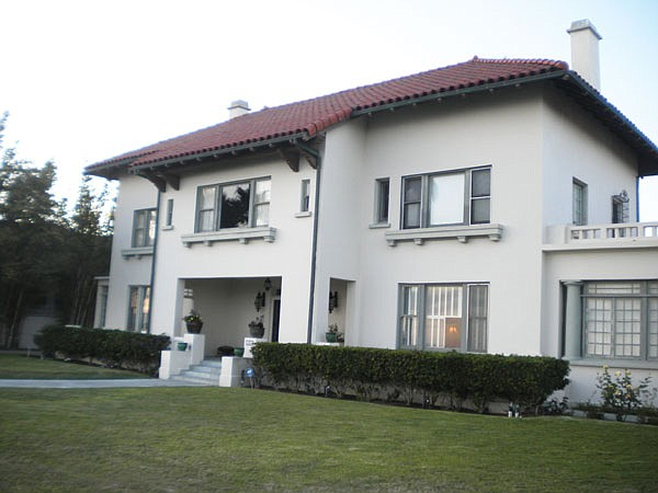 Spreckels mansion: the site of two mysterious deaths.