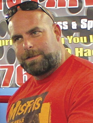 Bill Dean replaced convicted murderer Mark Diaz as manager of the boxing gym.