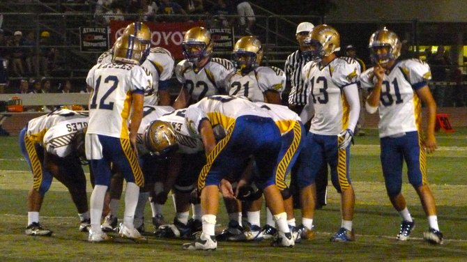 San Pasqual in the offensive huddle