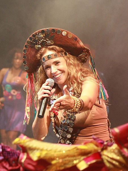 Queen of carnavál Daniela Mercury graces the stage at 4th&B Saturday.