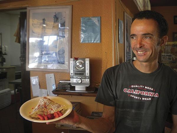 Mark serves up a dessert crêpe.