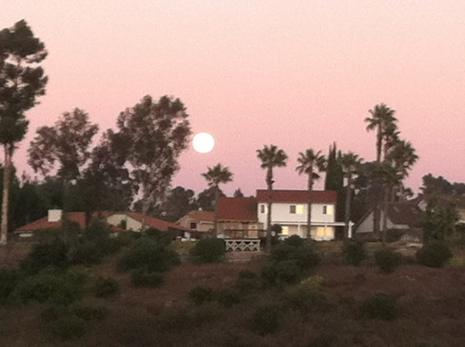 Full moon overlooking the Tierrasanta canyons