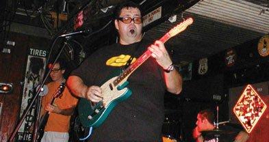Desert-rockers Fatso Jetson play Bar Pink Thursday night.