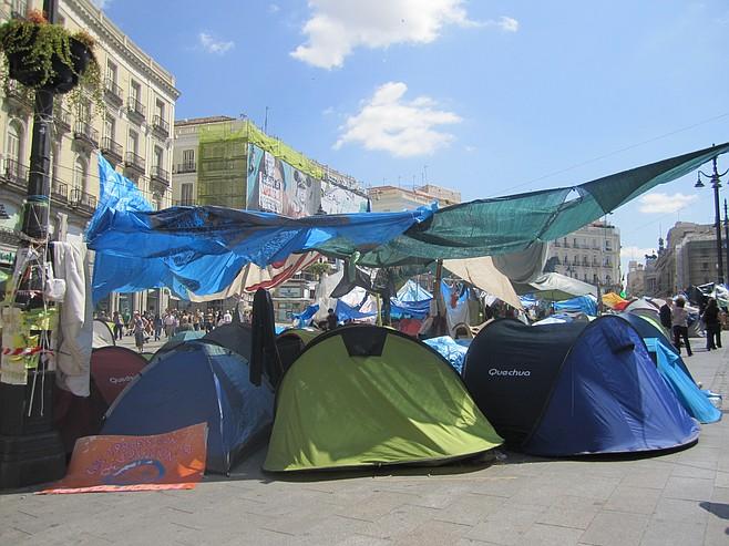 Activist tents in Puerto del Sol
