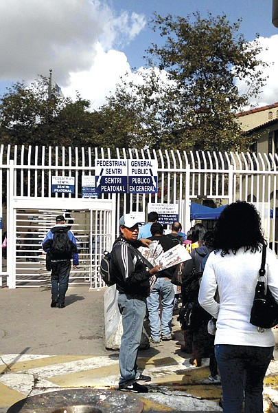There might be four people waiting in the San Ysidro border SENTRI  line (on left) while thousands stand for hours in the regular line.