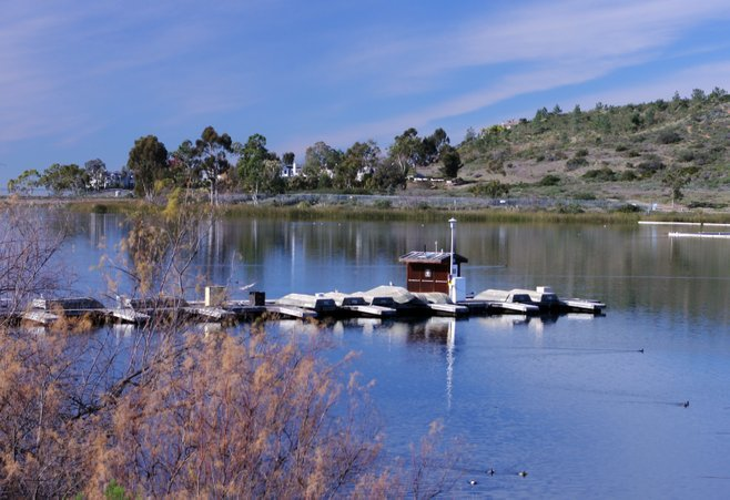 Few damp ramps in county san diego reader for Lake miramar fishing