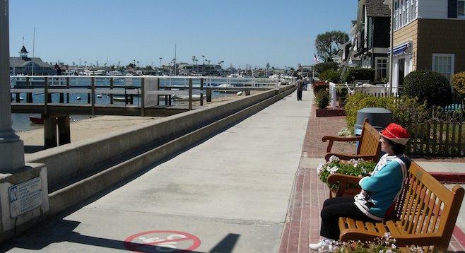 Strolling the Balboa Island boardwalk - a world away from L.A. brakelights