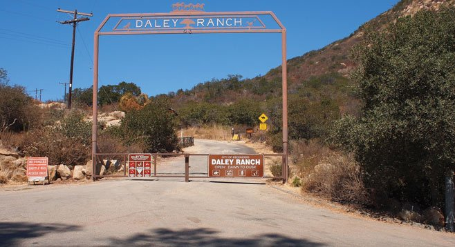 The entrance to the Daley Ranch and the Boulder Loop Trail