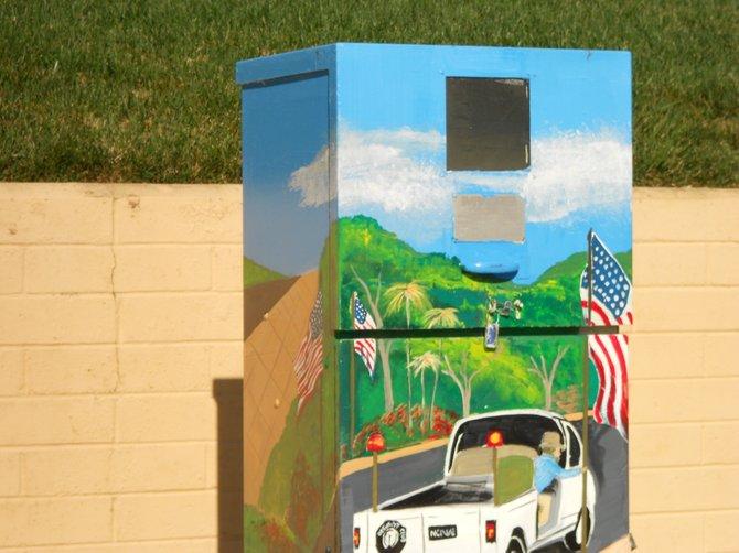 Utility box art near Silvergate Elementary school.