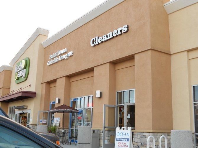 Fresh & Easy Shopping Center on Catalina Blvd.