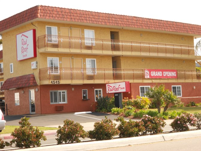 Grand opening of new Red Roof Inn on Mission Bay Dr.