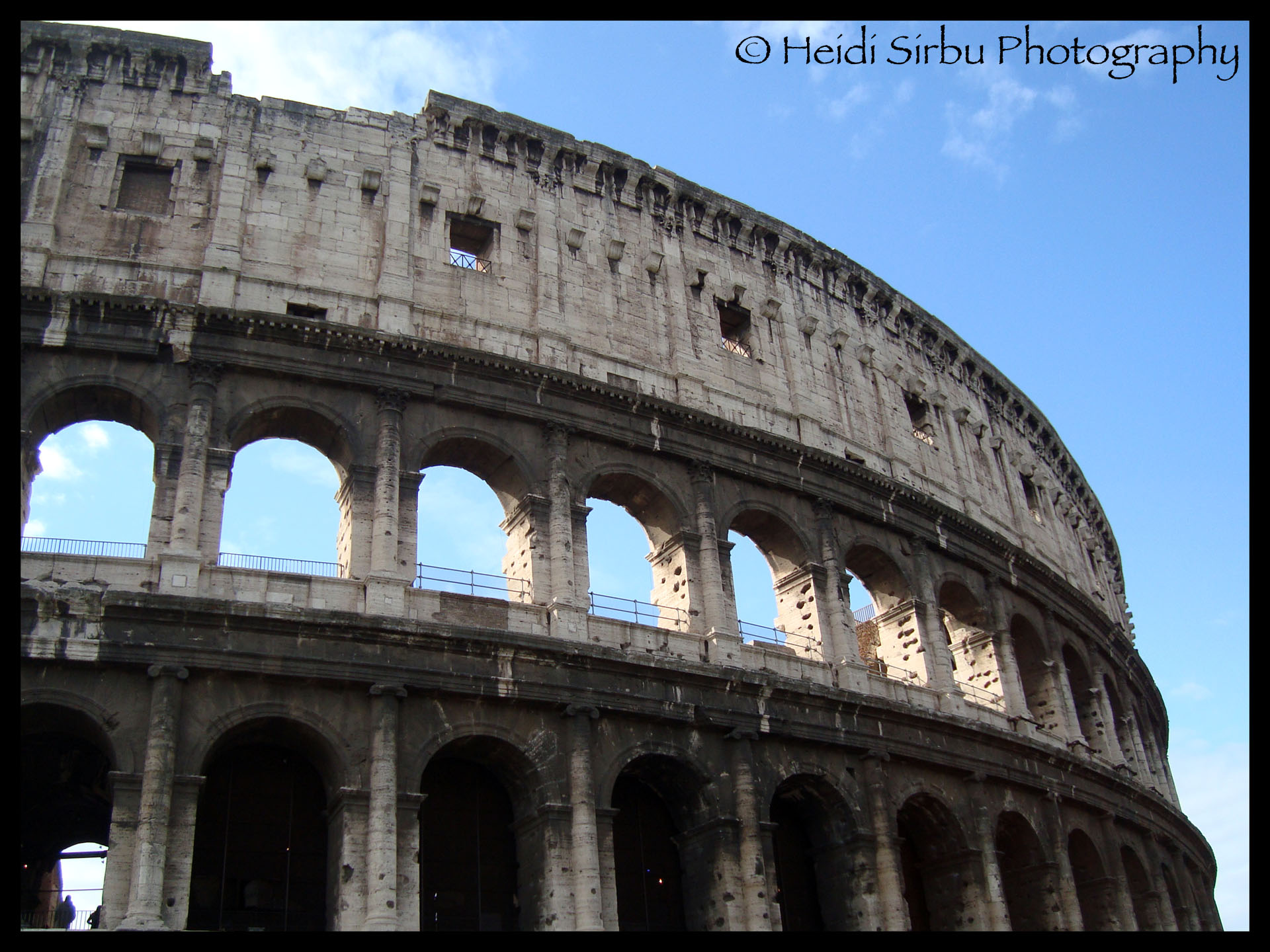The Colosseum in Rome: one of the most recognizable pieces of architecture in the world!