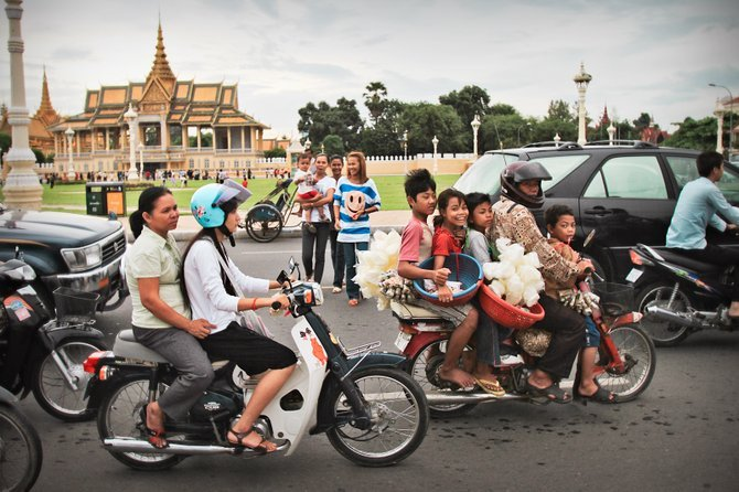 Transportation in Cambodia's Capital - phnom phen
