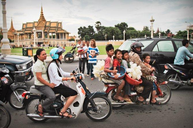 Transportation in Cambodia's Capital - phnom phen