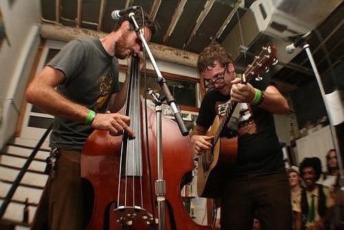 Folk-punk duo Andrew Jackson Jihad will play the Ché Café.