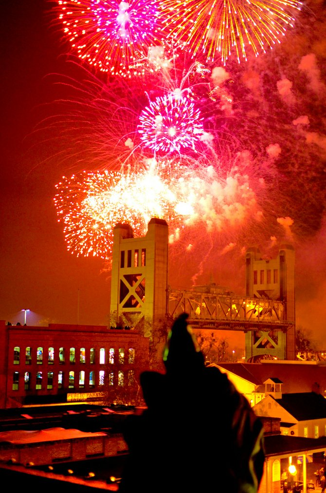 New Years 2012 Fireworks over the Tower Bridge, Sacramento CA