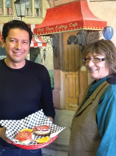 """Café owner Andrés and regular customer Kellie want to know: what's your """"usual""""?"""