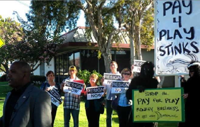 Protesters at press conference to announce recall of Sweetwater Union High School District boardmembers, April 16, 2012