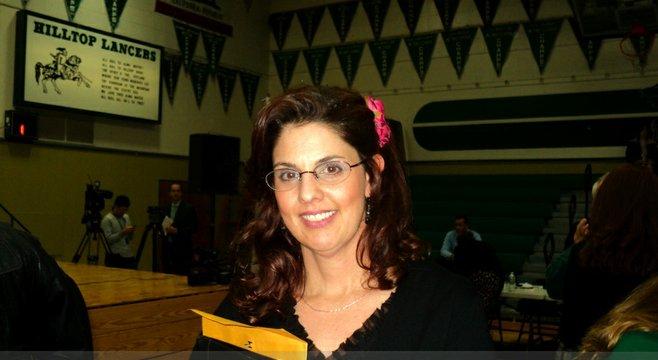 Lauren McLennan