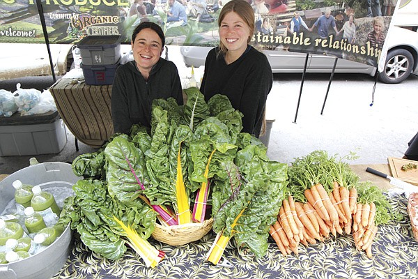 Twelve Tribes, a religious commune, sells organic produce 