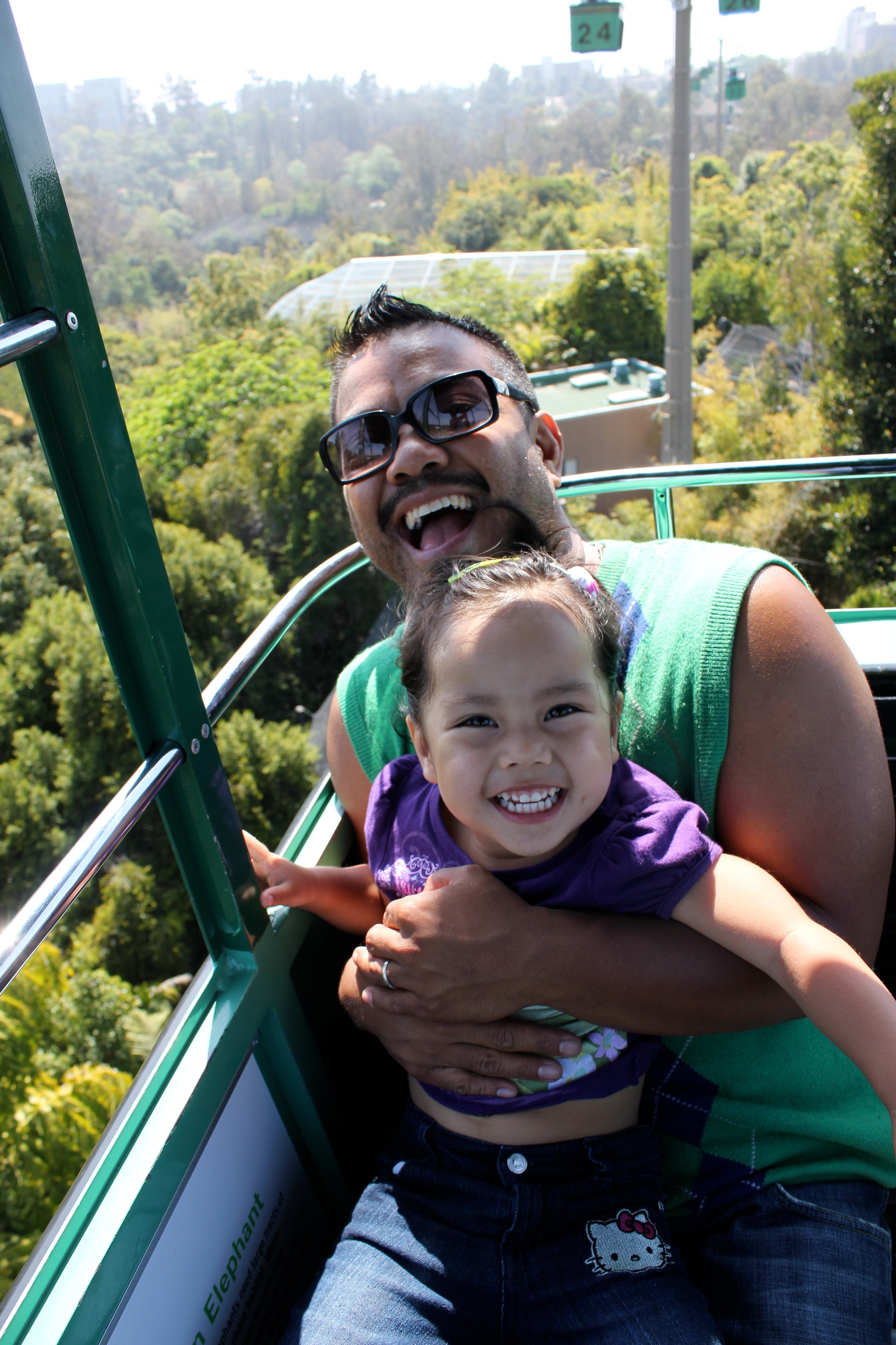 Our Daughter Gabriella really LOVES The world Famous San Diego ZOO! Here she is, her first time on the SkyFari and she was fearless!